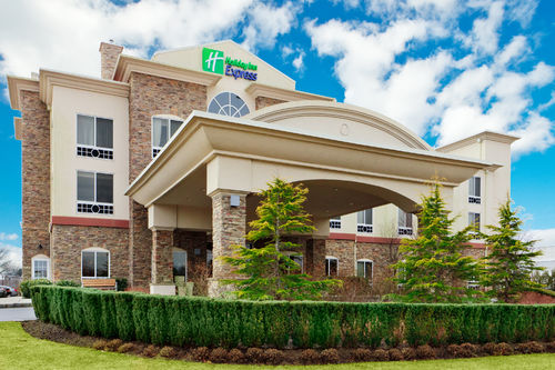 Holiday Inn Express Riverhead